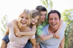 Familien dürfen sich freuen: Grundfreibetrag und Kindergeld rückwirkend erhöht