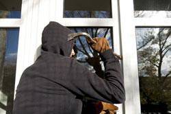 Einbruchschutz: Vater Staat hilft bei der Verbesserung / Handwerkerleistungen rund um das Zuhause;